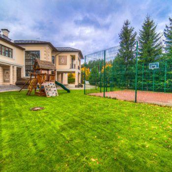 Резиденция в классическом стиле в КП «Резиденции Бенилюкс» (фото - 3)