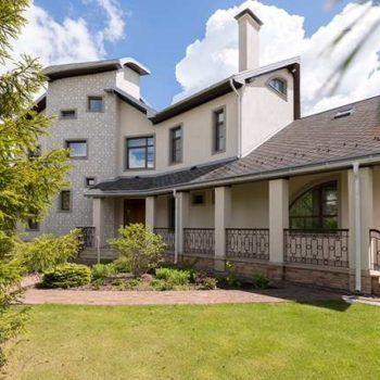 Современный дом с изысканным ландшафтным дизайном в КП «Резиденции Бенилюкс» (фото - 1)