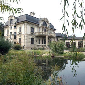 Резиденция под ключ с мебелью в КП «Резиденции Бенилюкс» (фото - 2)